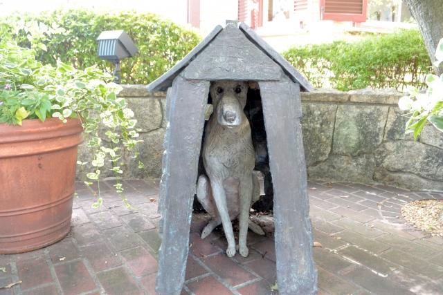 アプリ開発も犬小屋と住宅のように難易度に違いがあることを説明します。
