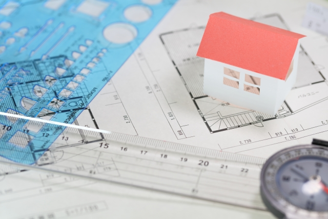 犬小屋なら設計がなくても建て始められるけど2階建て住宅なら設計が必要。アプリ開発もそれと同じなのです。